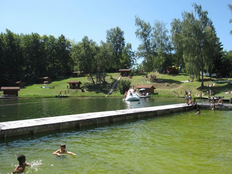 Le lac de la Beunaz